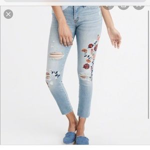 Abercrombie & Fitch Floral Embroidered Jeans